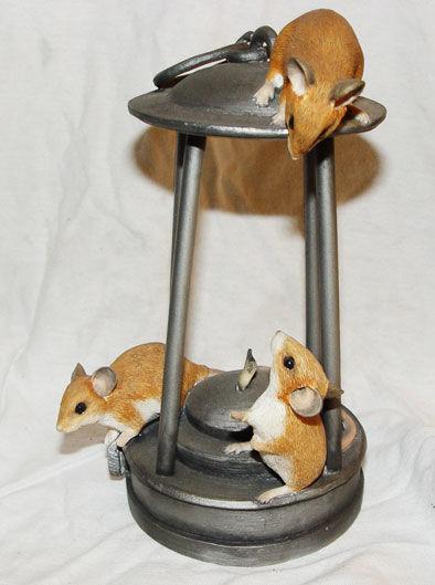 Image de MICE WITH DAVEY LAMP